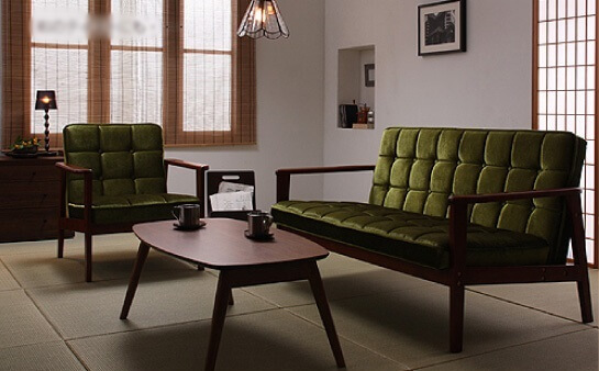 和室に置いたソファ